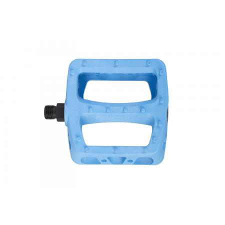 Odyssey Twisted PC ocean blue pedals